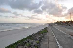 Praia do Pontal da Barra  - Praias-360