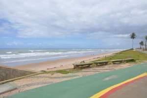 Praia de Patamares  - Praias-360