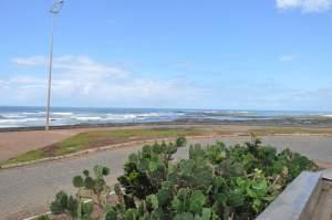 Praia Jardim dos Namorados  - Praias-360