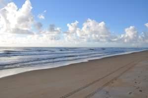 Praia de Guriri - Praias-360