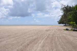 Praia Pontal de Maria Farinha  - Praias-360
