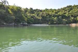Praia da Ilha Bonita  - Praias-360