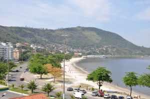 Praia de Charitas - Praias-360