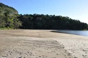 Praia da Enseada de Paraty Mirim  - Praias-360