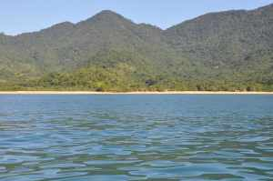 Praia Grande de Cajaíba - Praias-360