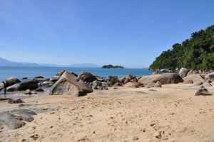 Praia Lula Vermelha - Praias-360
