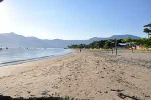 Praia do Pontal da Cruz - Praias-360